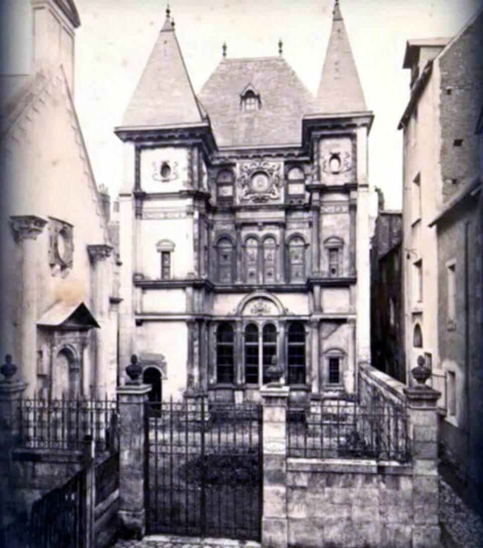 blanche-monnier-house